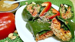 Collard Green Wraps with Peanut Sauce