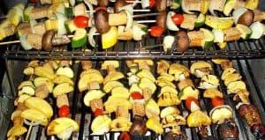 veggie kabobs on grill