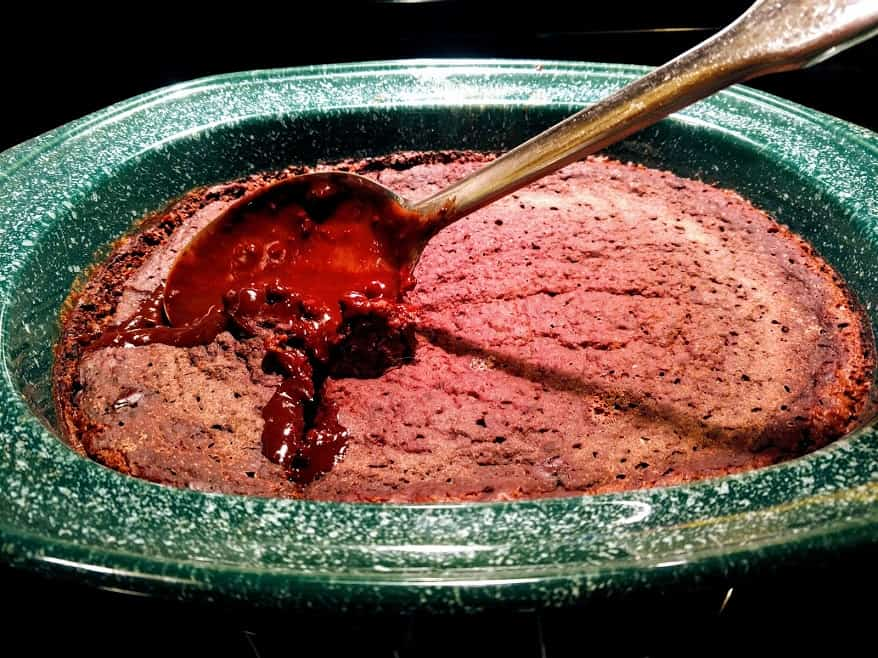 easy crockpot lava cake with fudge in middle.