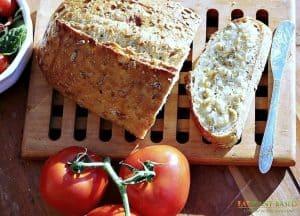 vegan Garlic butter on bread