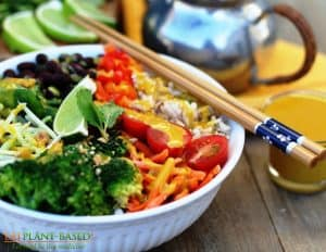 veggie bowl with chop sticks