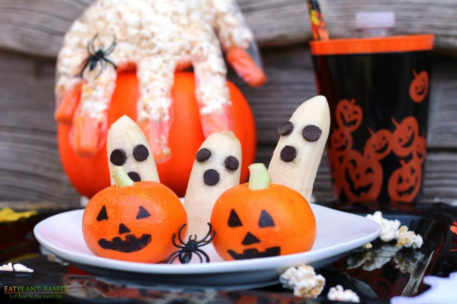 halloween banana ghosts and tangerine jack-o-lanterns