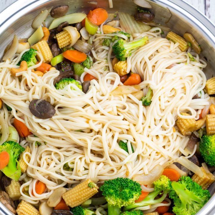 veggie udon noodle stir fry in wok