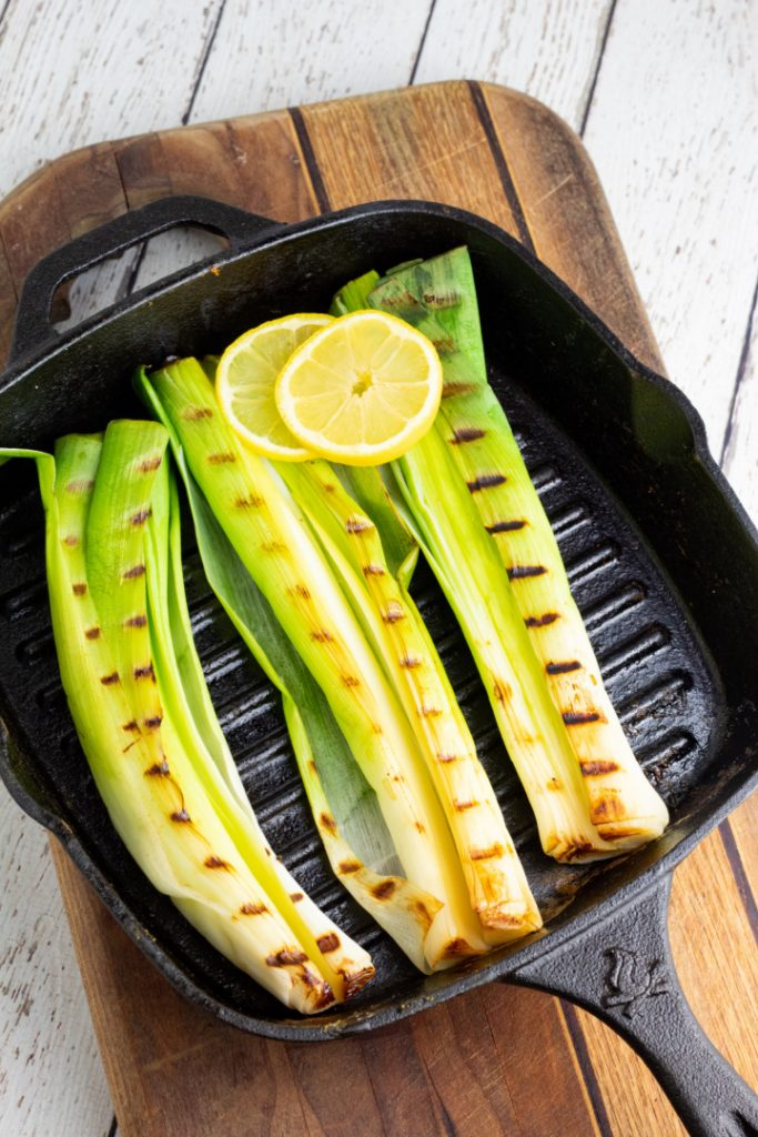 leeks with grill marks in cast iron grill pan